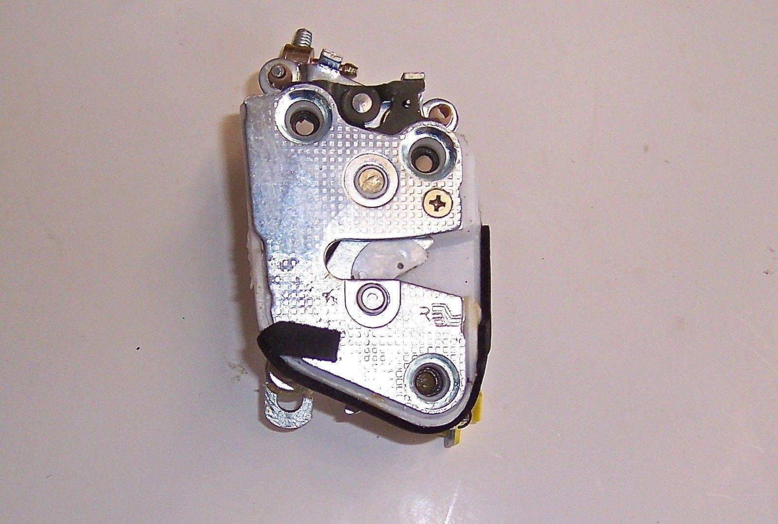 Door Lock Mechanism / Passenger (OEM) - Samurai 91'-95'