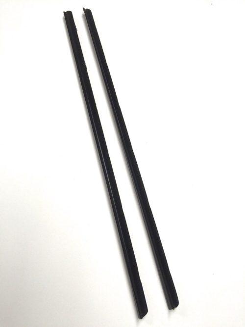 Outer-Glass-Scrapes-Whiskers-SJ413-Suzuki-Samurai-86-95-ATLGA-302640026964-2