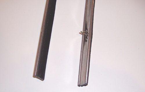 Inner-Glass-Scrape-LHRH-Door-Window-Whisker-OEM-Suzuki-Samurai-86-95-ATLGA-302622224386-2